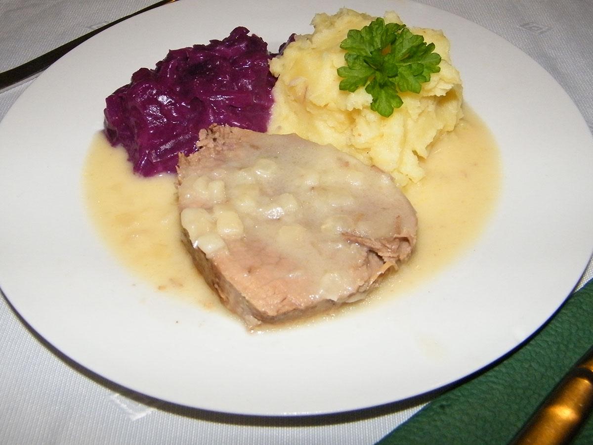 rindfleisch-in-zwiebelsosse